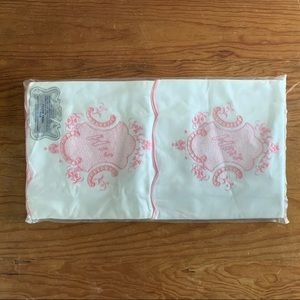 Other - Vintage Cotton Needlepoint Pillowcases NIP Floral
